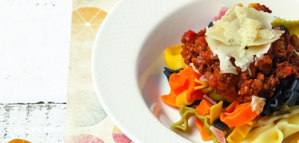 Junior-friendly pasta with easy sauce