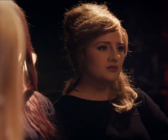 Adele shocks impersonators with hilarious prank