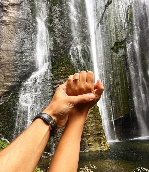 Bachelor NZ star announces engagement