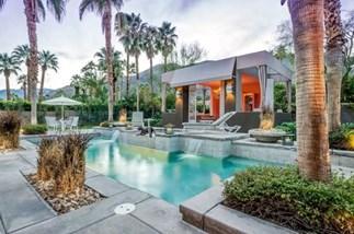 Inside Elizabeth Taylor's former Palm Springs home