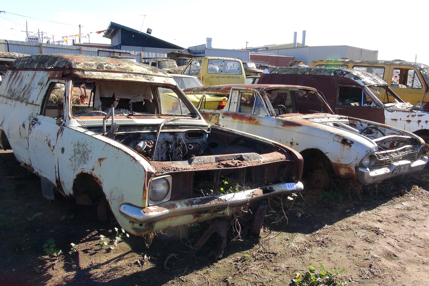 classic car hunter investigates geelong s rusty car scrap yard video street machine. Black Bedroom Furniture Sets. Home Design Ideas