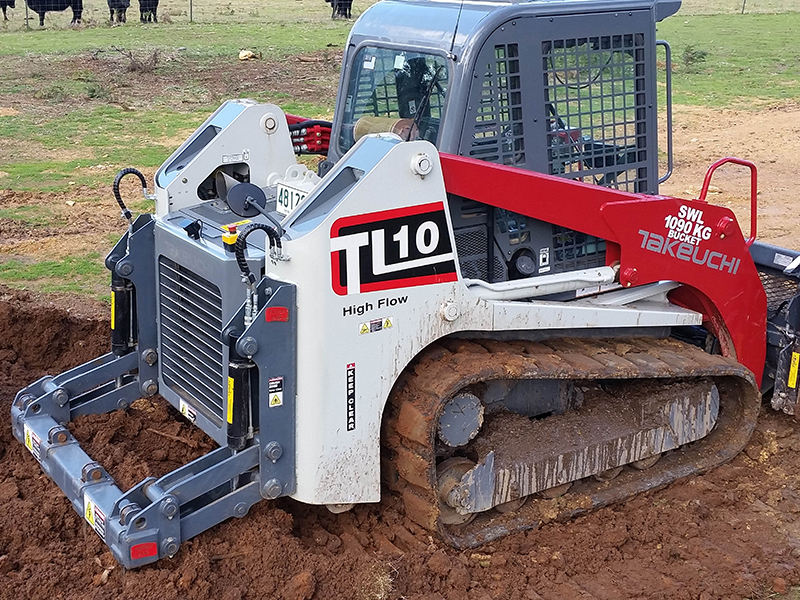 Takeuchi rear-mounted rippers