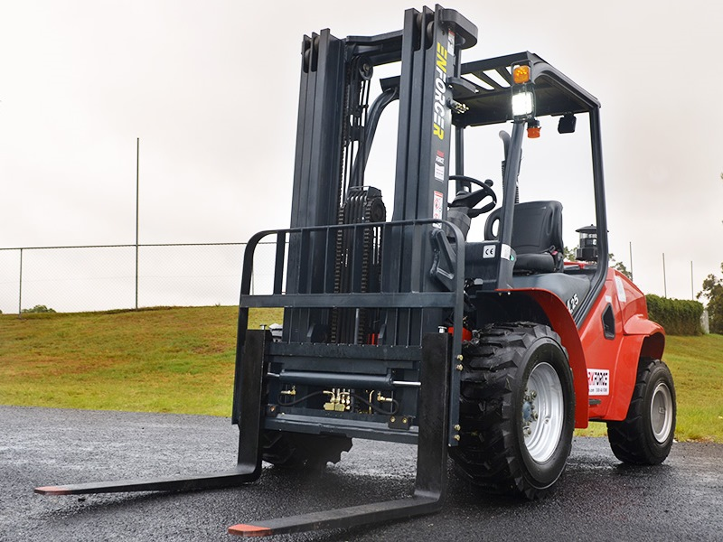 Enforcer rough terrain forklift