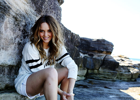 Rebecca Breeds opens up about playing Molly's secret love