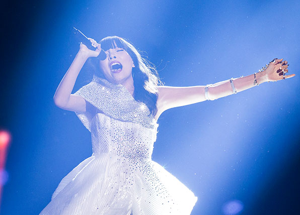 Dami Im makes it through to the Eurovision Grand Final