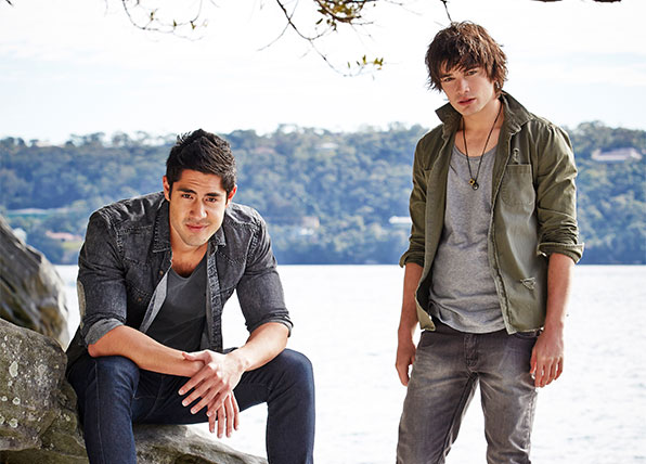meet the barrett brothers home and away