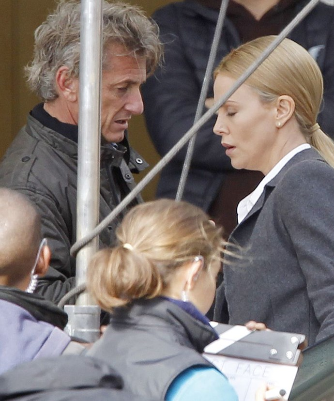 why does charlize theron dating sean penn Not dating a friend i had a group dinner with #sillymedia related: charlize theron called off her engagement to sean penn because she needs space minka and sean were previously spotted celebrating her 35th birthday with friends on june 23 he and charlize, 39, had split just a week prior.