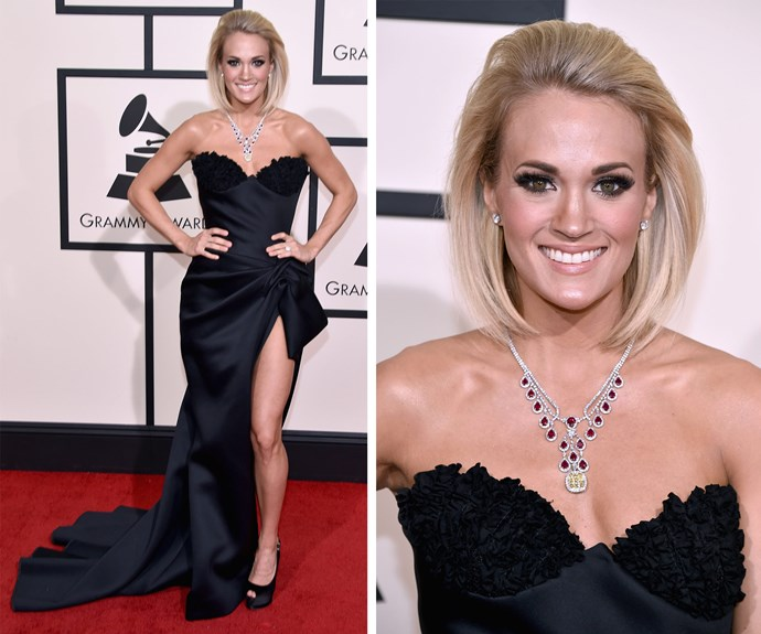 Country superstar Carrie Underwood dazzled in a strapless black dress.