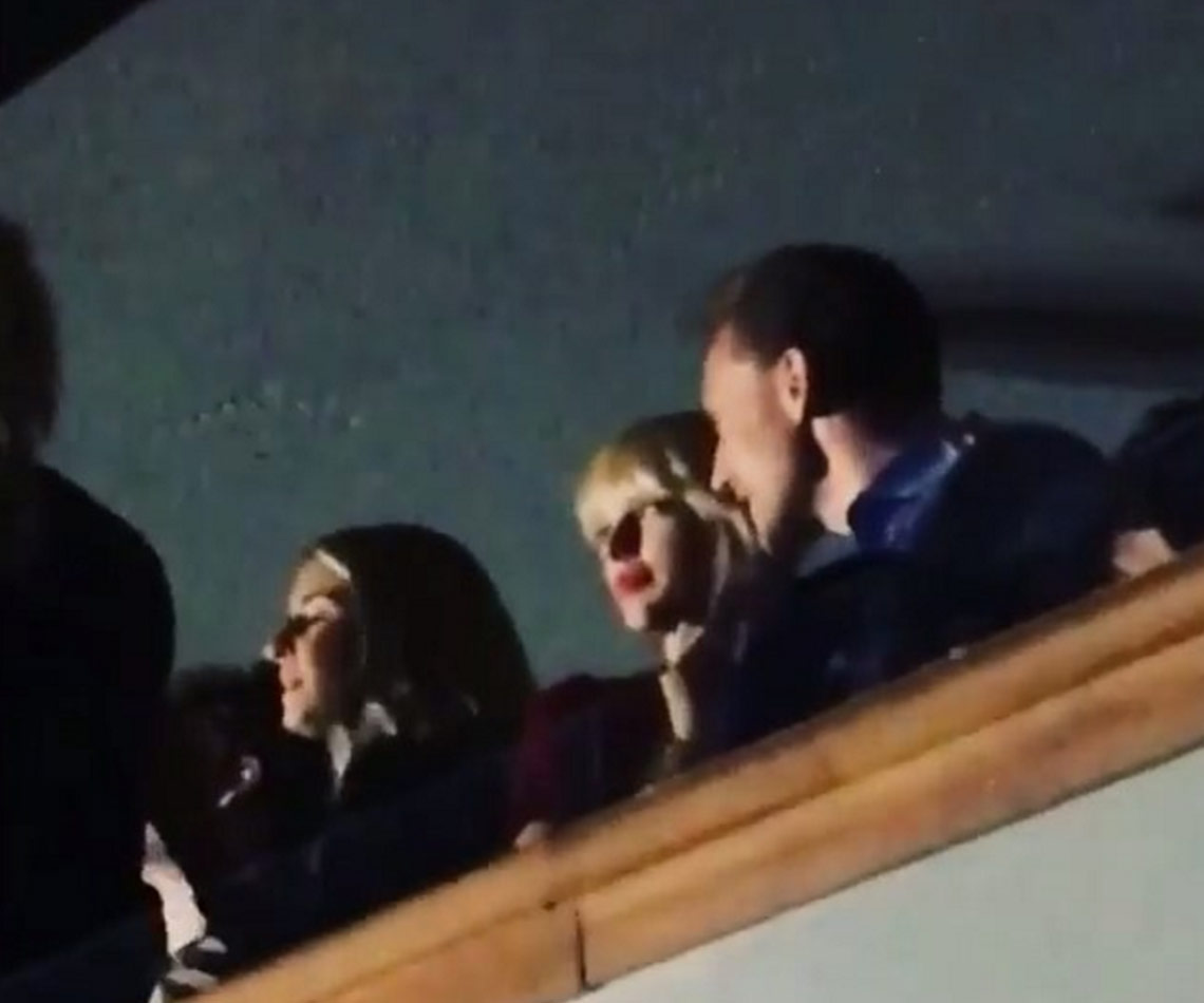 Taylor Swift, Tom Hiddleston get cosy at Gomez's concert