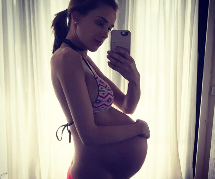 """""""Suns out, tums out. My boys are measuring 5 pounds each at 33 weeks. That's ten pounds of baby in there and I'm not done yet. Sh$t is getting cray #mightneedawheelchairsoon #canbreedem #waddlewaddle,"""" Bec Judd mused ahead of her twins Tom and Darcy's arrival."""