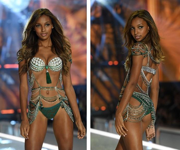 Jasmine Tookes dazzles in this year's million-dollar Fantasy bra.