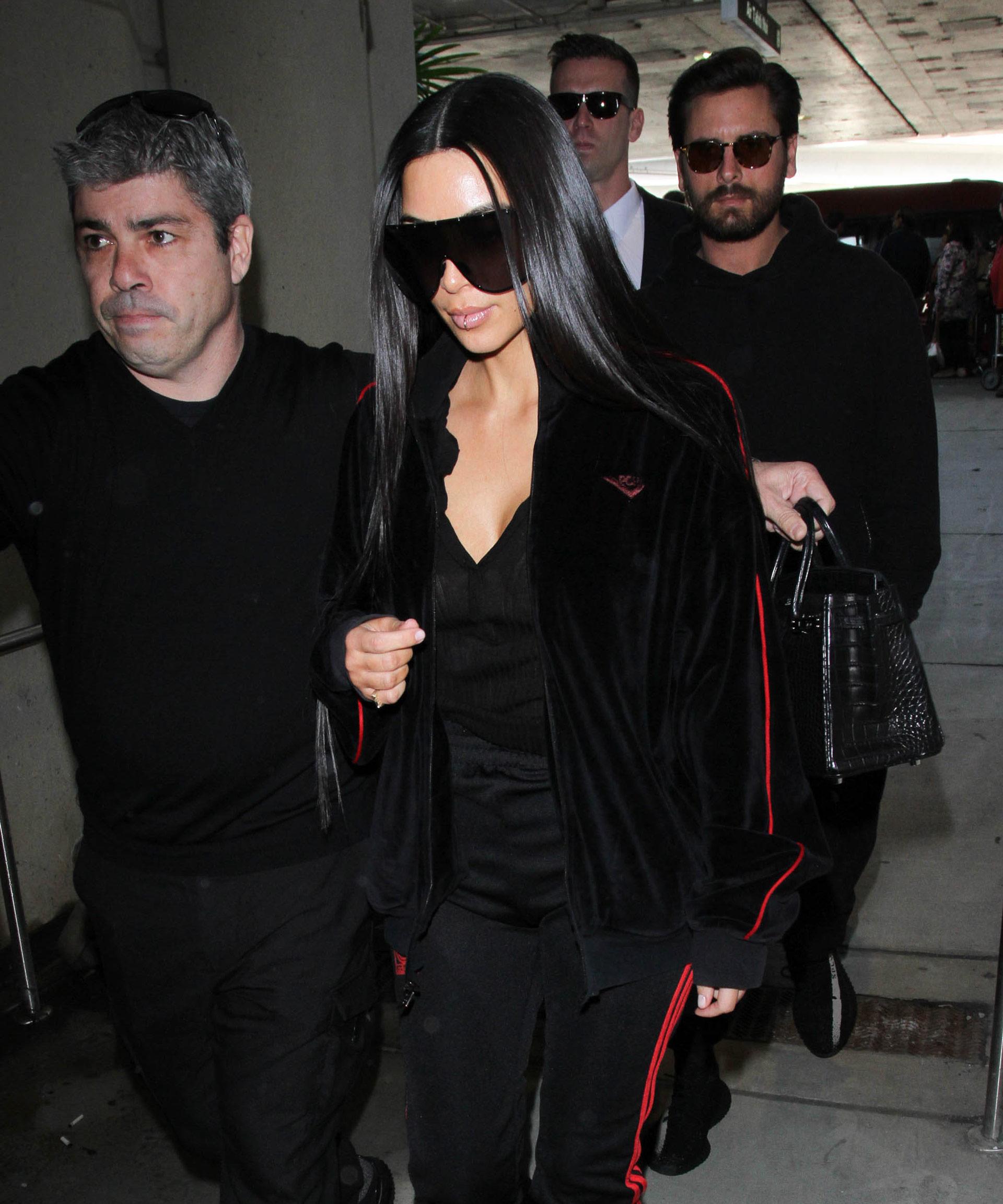 Kim and Scott jet off to Dubai
