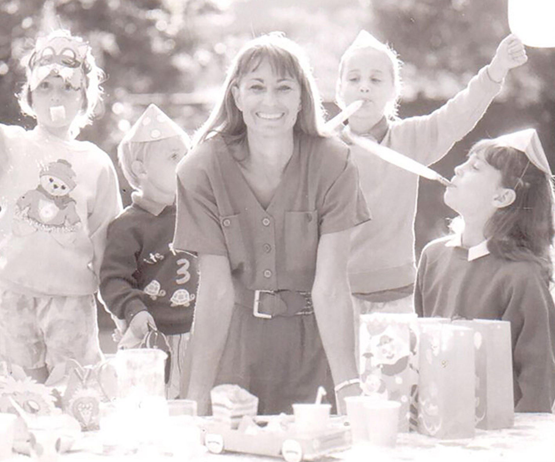 """To celebrate the 30th anniversary of her company, Party Pieces, Carole Middleton has shared a never-before-seen snap of her darling family in 1989, which includes a very festive looking Kate at age seven. *[(Via: Party Pices)](http://www.partypieces.co.uk/about-us