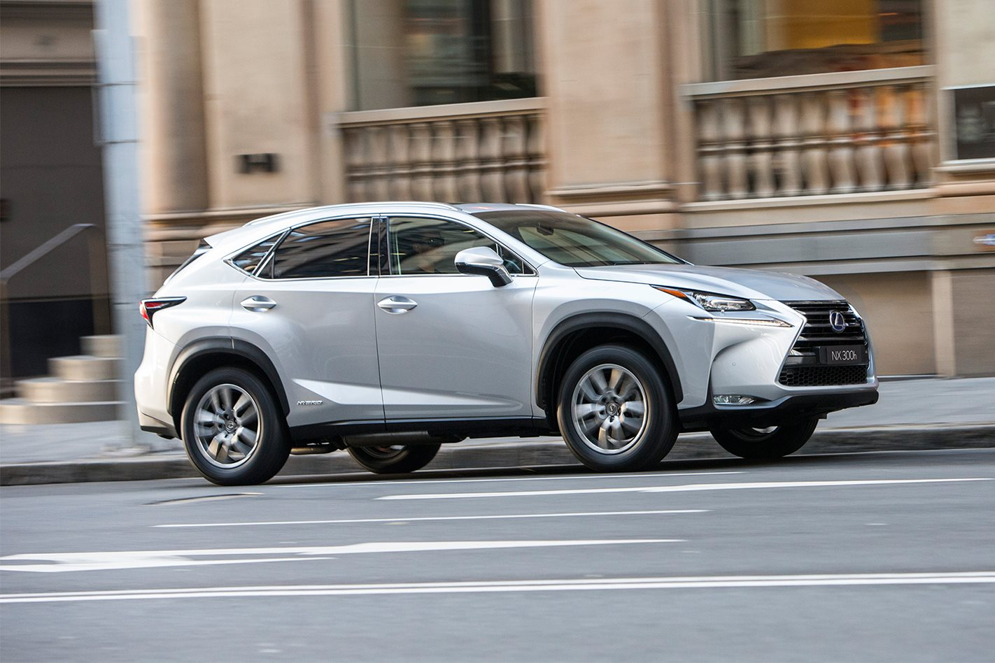 lexus nx300h review wheels. Black Bedroom Furniture Sets. Home Design Ideas
