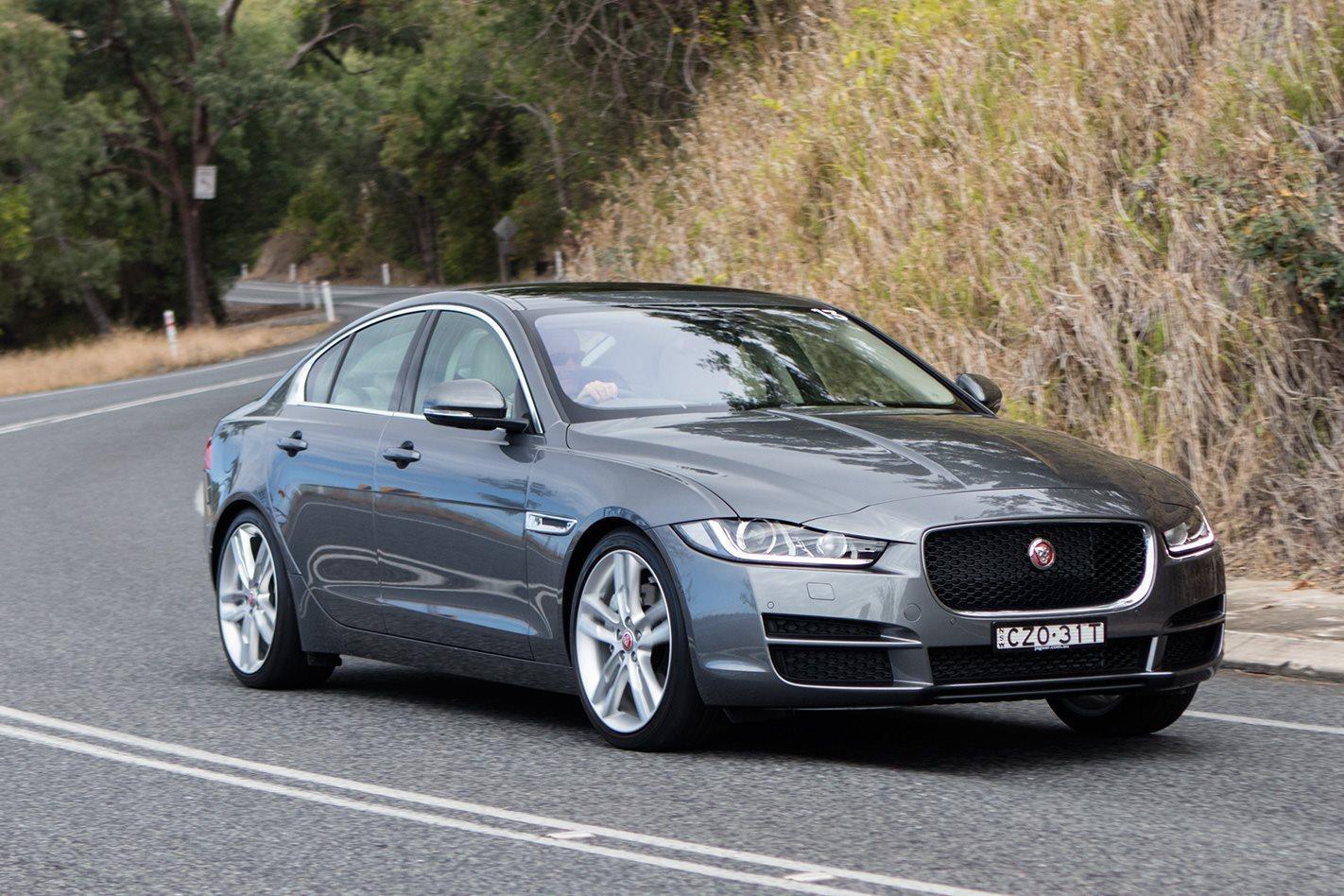 Jaguar Xe 2.5t >> 2015 Jaguar XE 2.5t review | Wheels