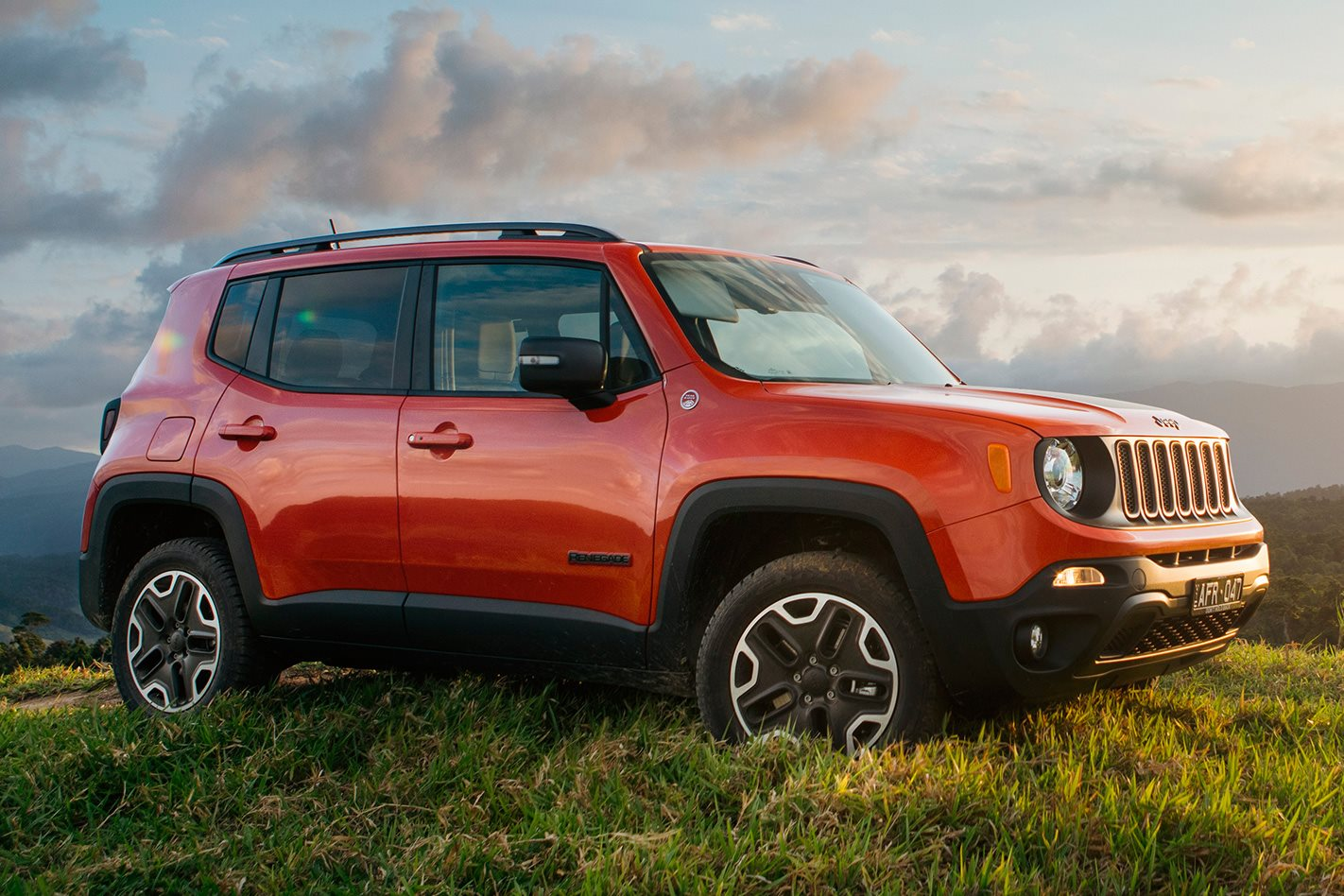 2015 jeep renegade review wheels. Black Bedroom Furniture Sets. Home Design Ideas
