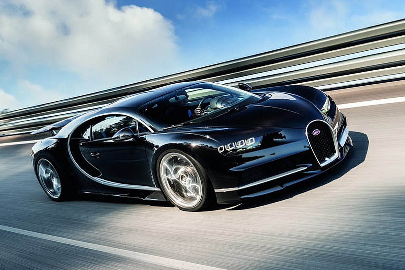 2016 geneva motor show 2017 bugatti chiron revealed wheels. Black Bedroom Furniture Sets. Home Design Ideas