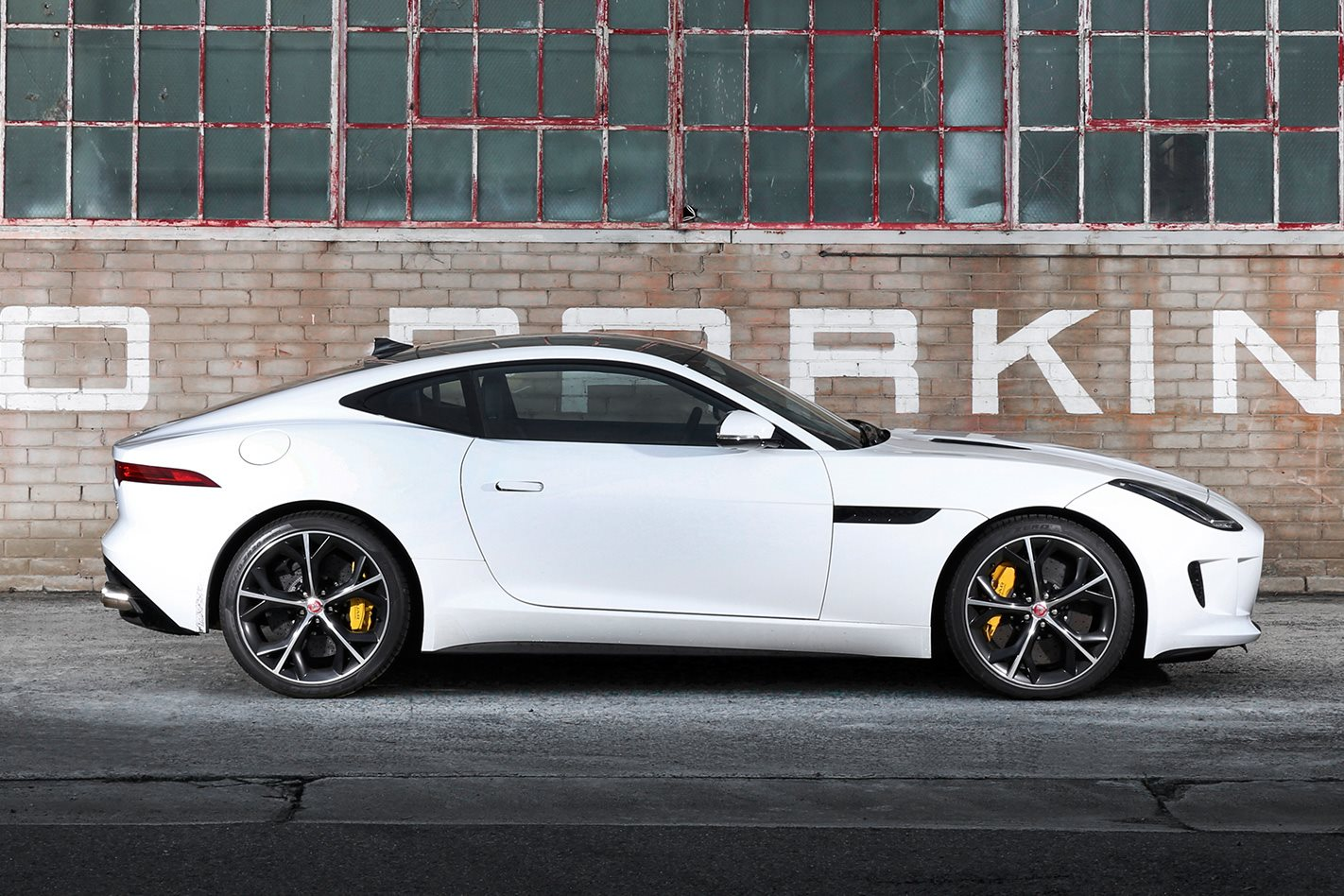 jaguar f type to be jaguar s sole sports car wheels. Black Bedroom Furniture Sets. Home Design Ideas