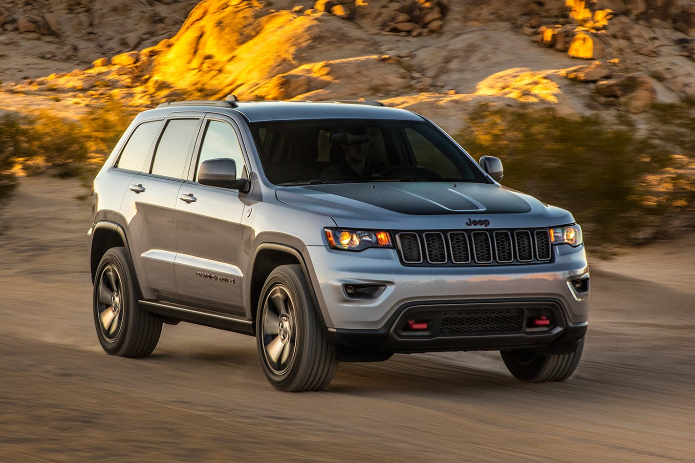 2017 jeep grand cherokee trailhawk review wheels. Black Bedroom Furniture Sets. Home Design Ideas