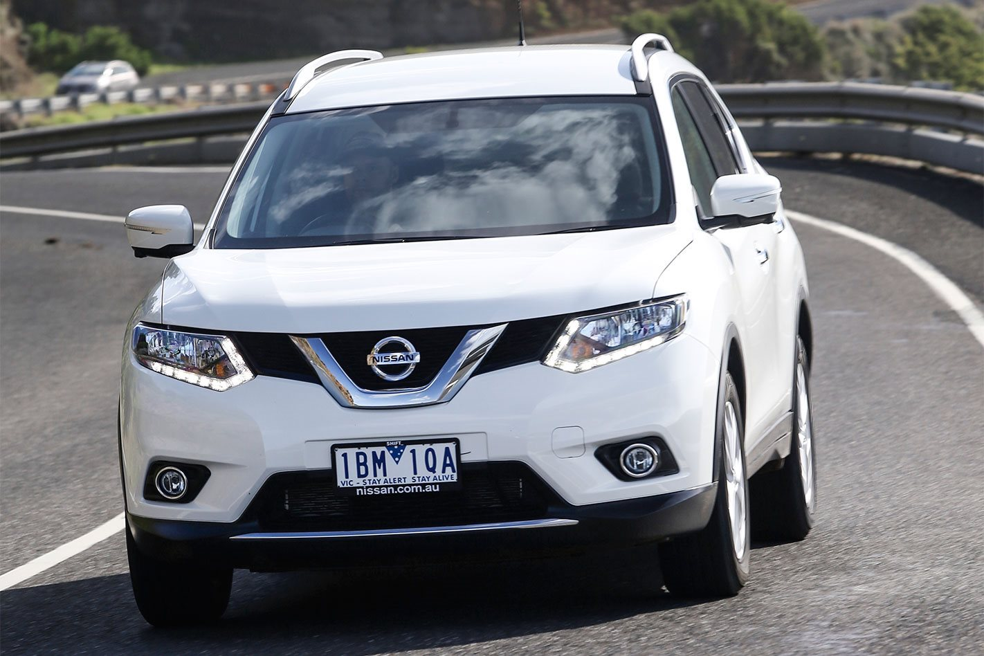2016 nissan x trail review. Black Bedroom Furniture Sets. Home Design Ideas
