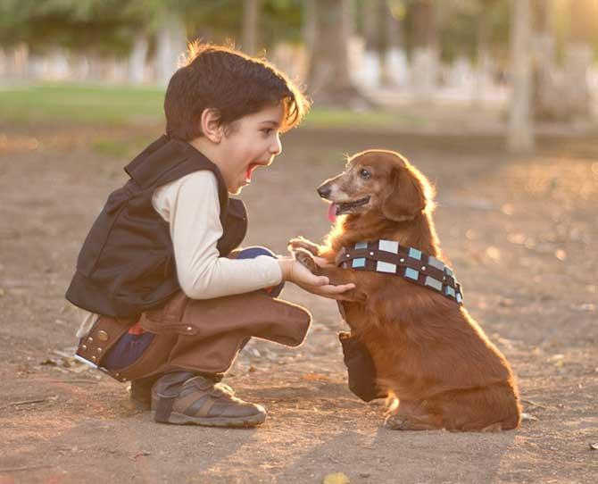 Whether your kids are Star Wars fans or not, they'll be begging for their very own long-haired Dachshund once they see this mini Hans Solo with his pal Chewbacca. This image is from a beautiful series by Mexican photographer Rocio Preciado of Cuije Photo and captures the amazing bond a child can have with their pet. So, which pet is right for your little ones?