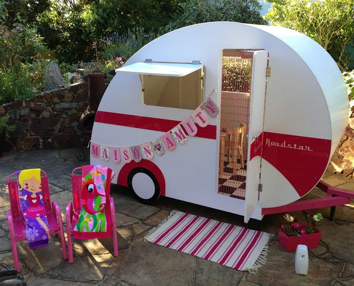 Available in four classic designs, the range from Caravan Cubbies is nostalgically designed to recall the cool caravan style of the 1950s and 1960s and come in pink, red, yellow, green and blue. Choose from Tear Drop, Large Tear Drop, English Vintage and Classic Australian Vintage. Divine.