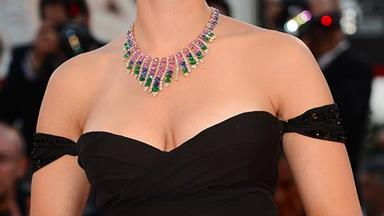 It's official: Scarlett Johansson's engaged