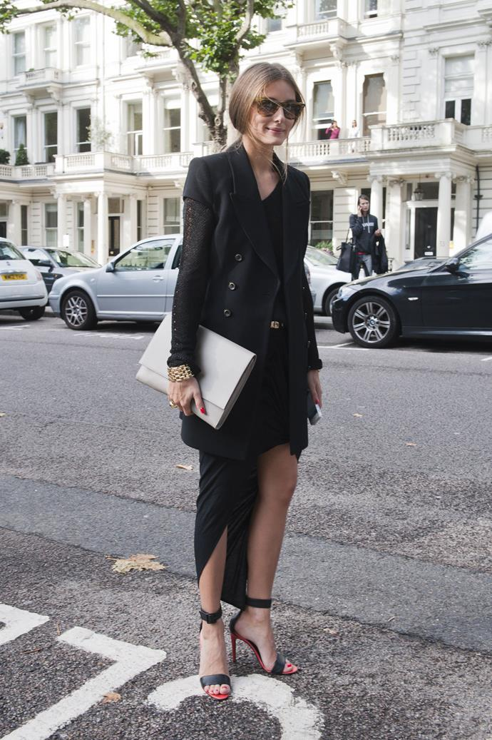 Take cues from Ms Palermo and clash textures and lengths when opting for an all-black ensemble. A sleek oversized clutch is practical and polished.
