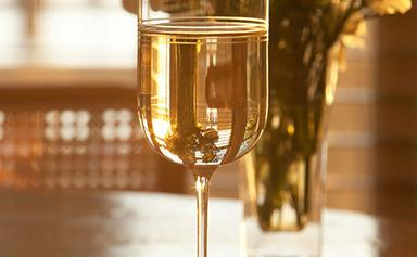 White wine drinkers pour fuller glasses