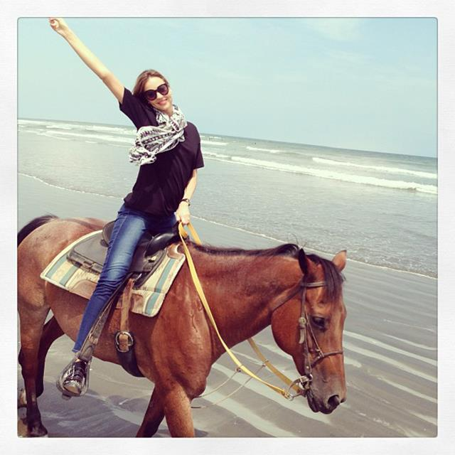 """<p>""""Horsing around!""""</p> <p><strong>FYI</strong>: Due to Kerr's busy schedule she focuses on keeping active whenever possible</p>"""