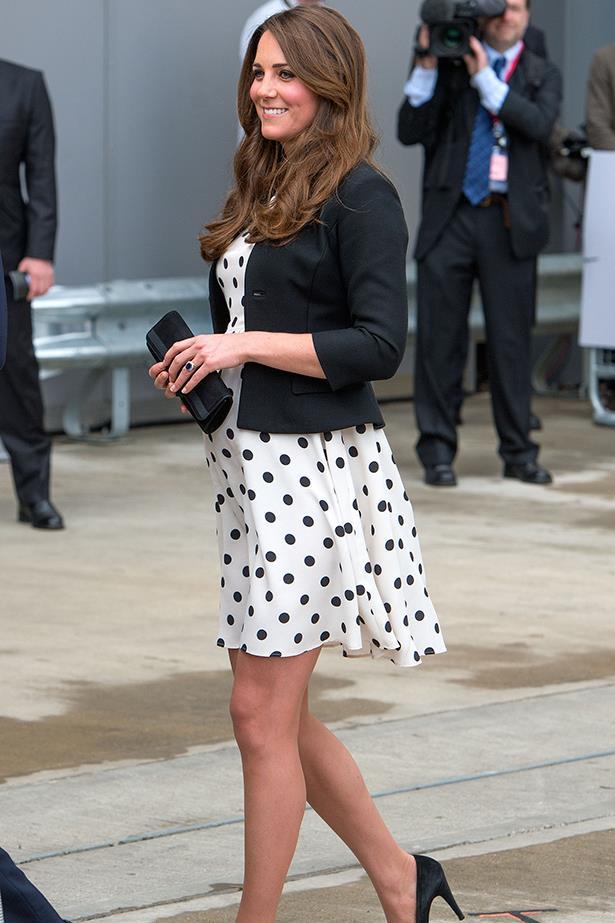 Duchess Kate wears polka dot dress from Topshop