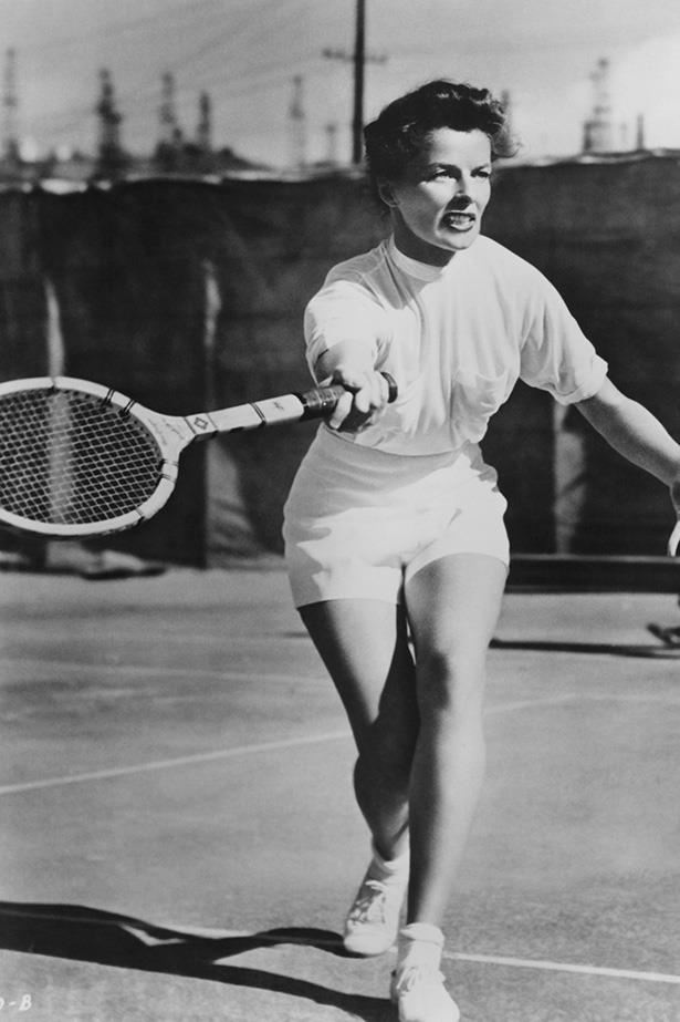 Leave it to Katharine Hepburn to take her usual androgynous spirit to the court in a feminine and flattering way. High-waisted shorts and a billowing blouse in the '40s.