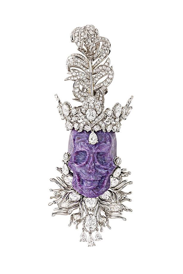 <p>If Lorde had seen this regal pendant she might not have ruled out royal status. With 470 hours of hand work, it's fit for a queen.</p> <p>Pendant, $300,000, Dior Fine Jewellery, (02) 9229 4600</p>