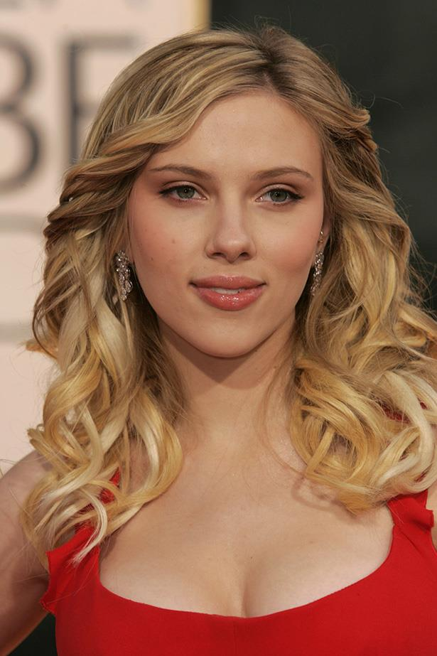 Scarlett Johansson at the 63rd Annual Golden Globes in 2006.