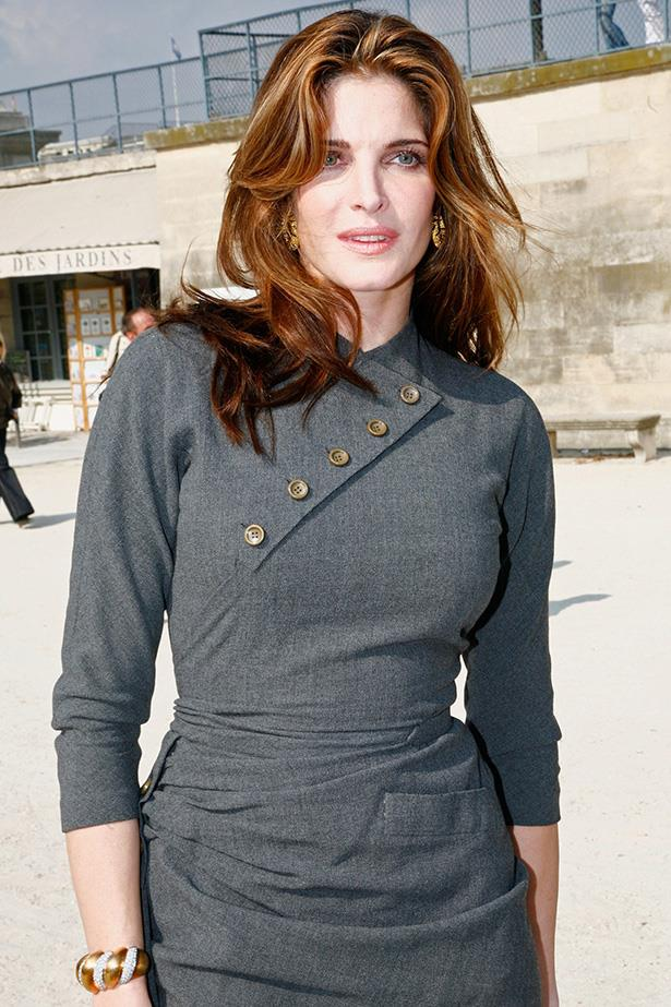 Seymour attends Paris Fashion Week in 2008