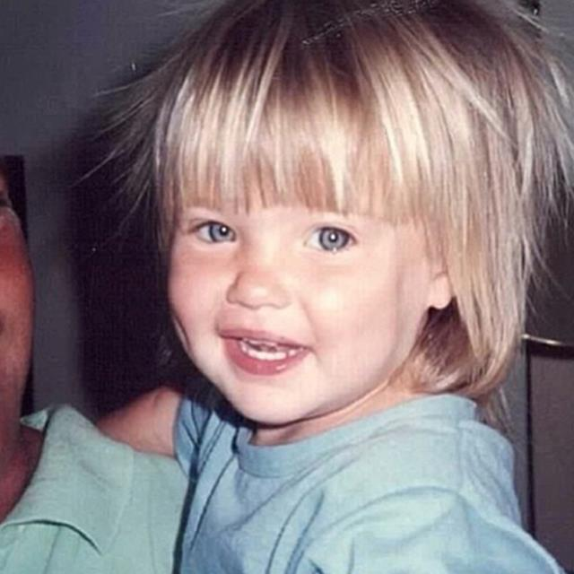 <strong>Bar Refaeli</strong><br> With a face that adorable, it's no surprise Leonardo DiCaprio's ex started starring in television commercials at the age of eight months.