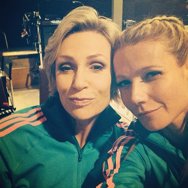 Gwyneth was a little late to the Instagram party, but her regular instalment of selfies, featuring fellow Glee cast members, is proving that Gleeks everywhere are turning that blue button green.