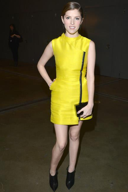 There was no missing Anna Kendrick when she attended a Grammy event in Los Angeles. The actress was a red-carpet <em>highlight</em> in Markus Lupfer.