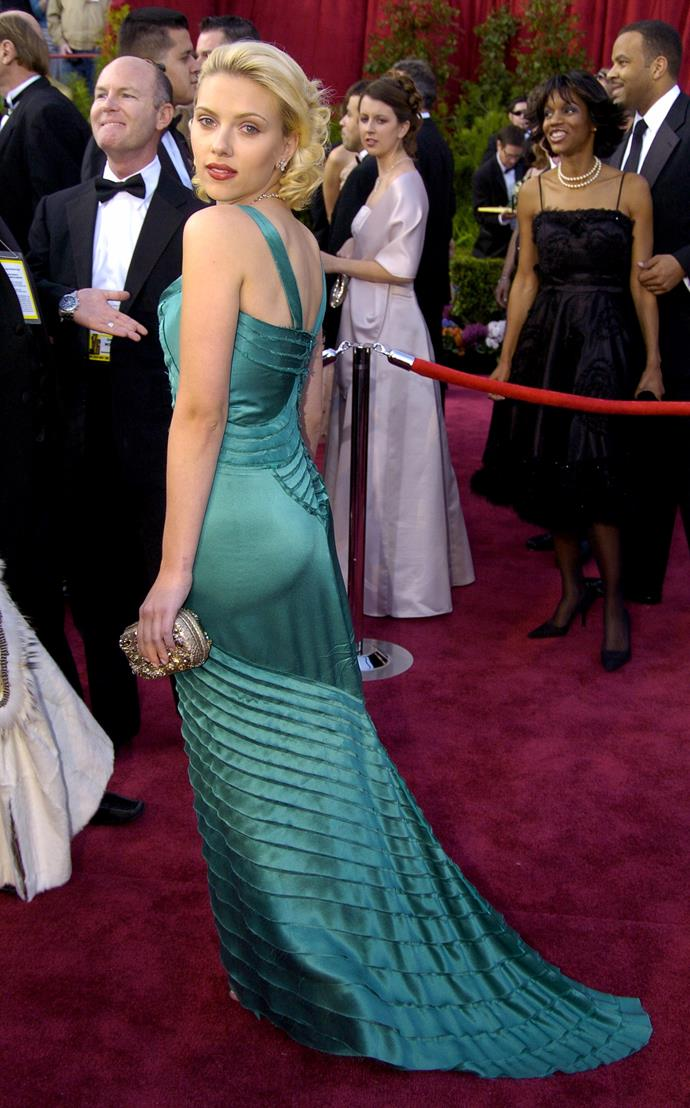 Scarlett Johansson at the 76th Academy Awards, 2004, wearing Alberta Feretti.