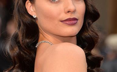 Margot Robbie debuts as a brunette