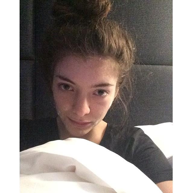 **Lorde without makeup**