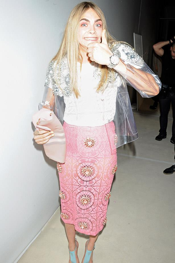 Thumbs up from Cara Delevigne.