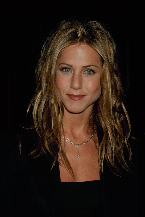 Jennifer Aniston's soft curls in 1998
