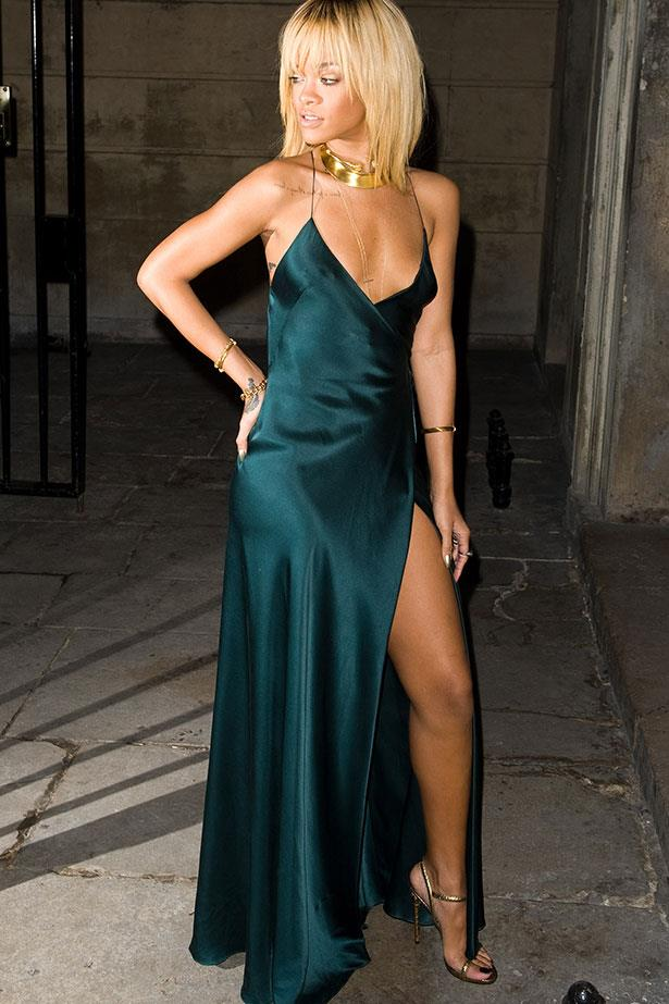 Sporting a very lingerie-inspired slinky Stella McCartney silk slip dress at London Fashion Week in 2012.