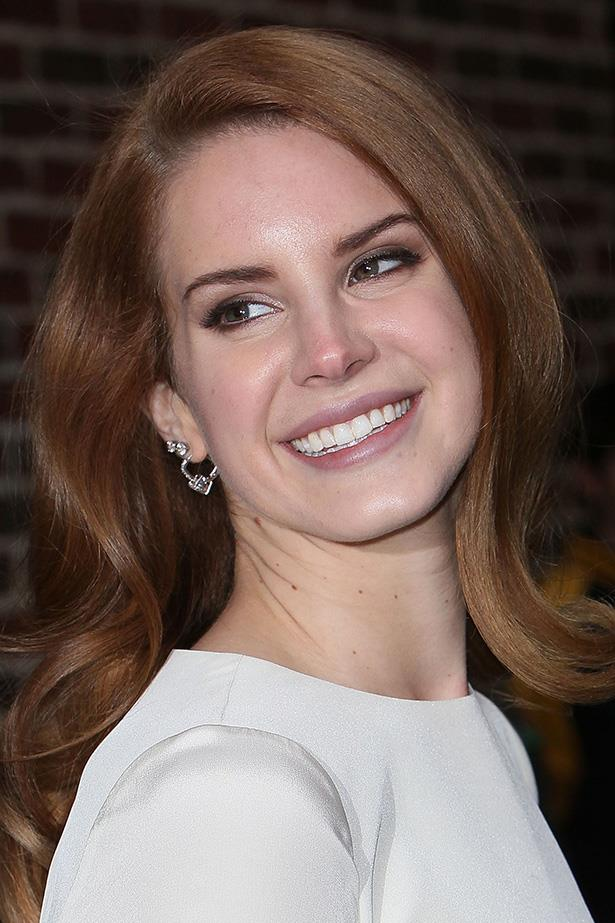 Lana combines a soft brown smoky eye with a natural lip, arriving at the <em>Late Show with David Letterman</em>.
