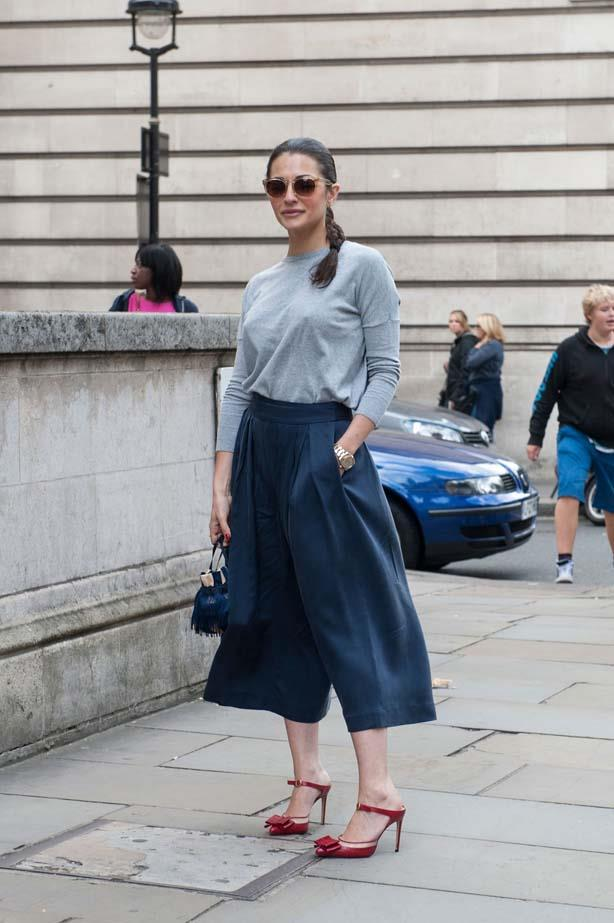 Dress down culottes with a baggy tee and pumps.