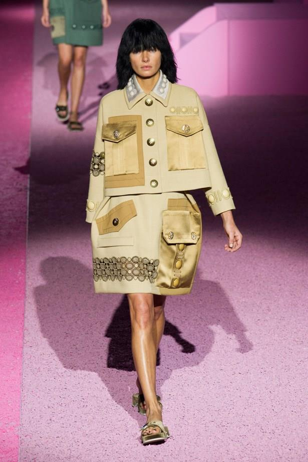 Jessica Hart in Marc Jacobs SS15 runway show at New York Fashion Week