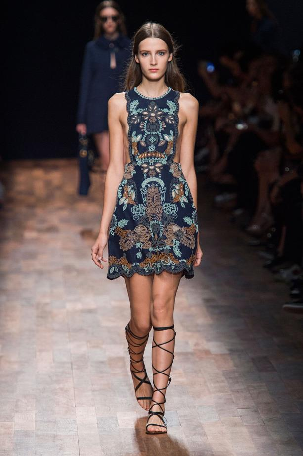 <strong>Designer</strong>: Valentino <br> <strong>Collection:</strong> Spring Summer 2015 <br> <strong>Location:</strong> Paris Fashion Week