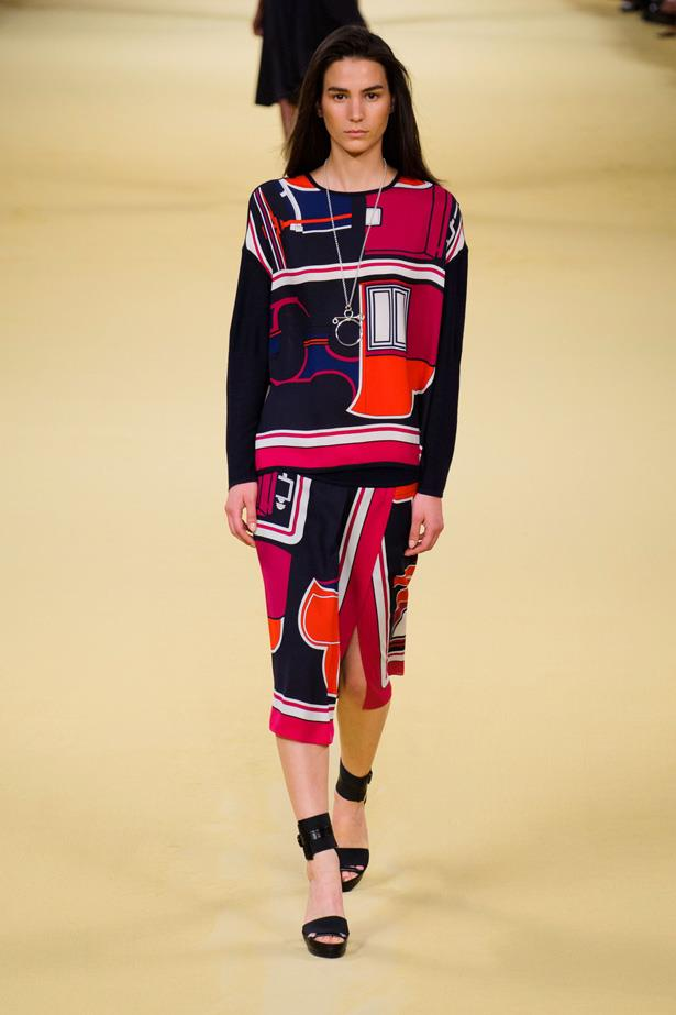 <strong>Designer</strong>: Hermès <br> <strong>Collection:</strong> Spring Summer 2015 <br> <strong>Location:</strong> Paris Fashion Week