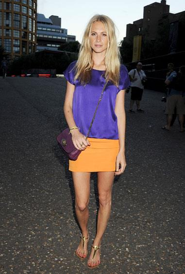Poppy Delevingne attended the Warner Olympics launch in London carrying a Mulberry bag.
